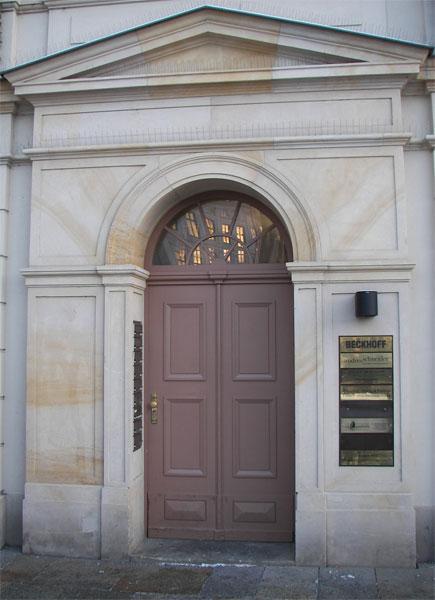 Eingangstür An der Frauenkirche 20
